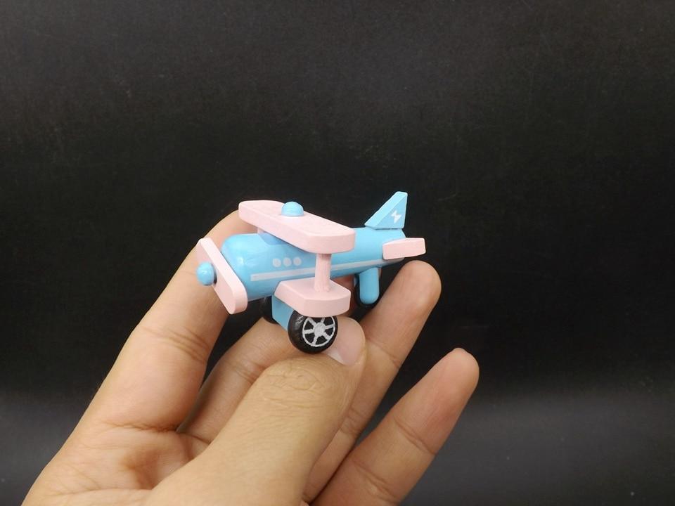 I345-Propeller Airplane (2)