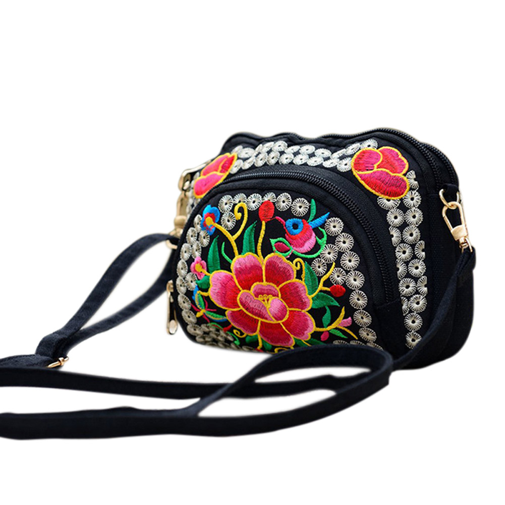 2017 New Women National Style Flower Embroidery Vintage Canvas Shoulder Bag Messenger Bag China Trend LT88