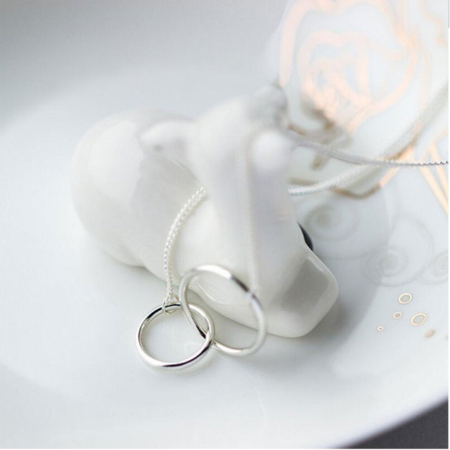 Interlocking Double Ring Silver Necklace