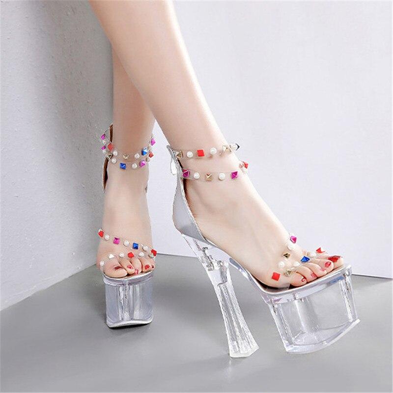 Mode Rivet Extrêmement talons hauts sandales femmes Sexy Transparent Chaussures D'été Femmes Pompes Clair Talon chaussures dames