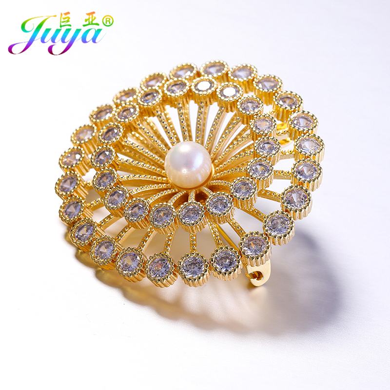 New Arrival Women Fashion Micro Paved CZ Rhinestone Crystals Pearls Floating Flower Brooches For Thanksgiving Day Christmas Gift