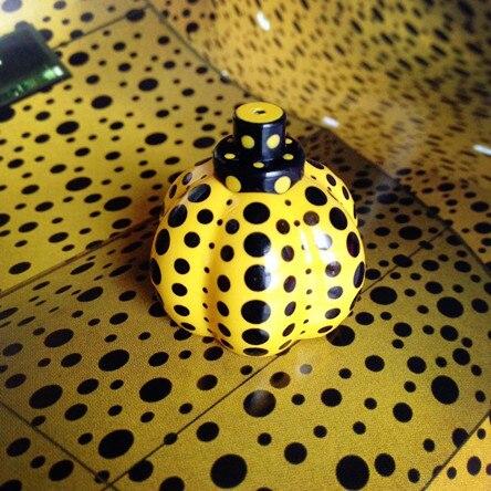 ФОТО  Yayoi Kusama Sculpture Object Pumpkin No box Japan Artist RARE! Replica Item