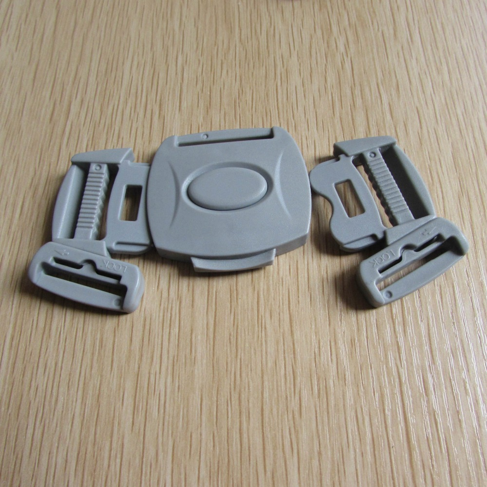 3 point harness and buckle