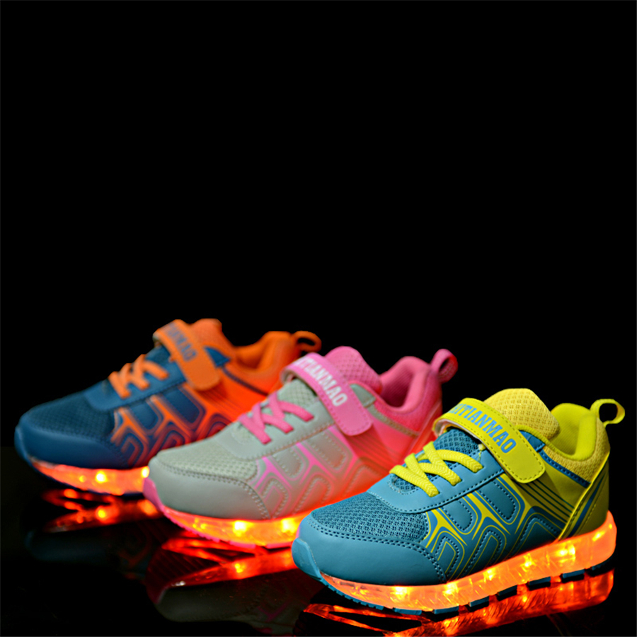 Hot Sale Children Girls Led Luminous Sneakers With Glowing Soles Casual Sneakers Usb Charge Shoes Tenis Led Feminino 50Z0039 new hot sale children shoes pu leather comfortable breathable running shoes kids led luminous sneakers girls white black pink