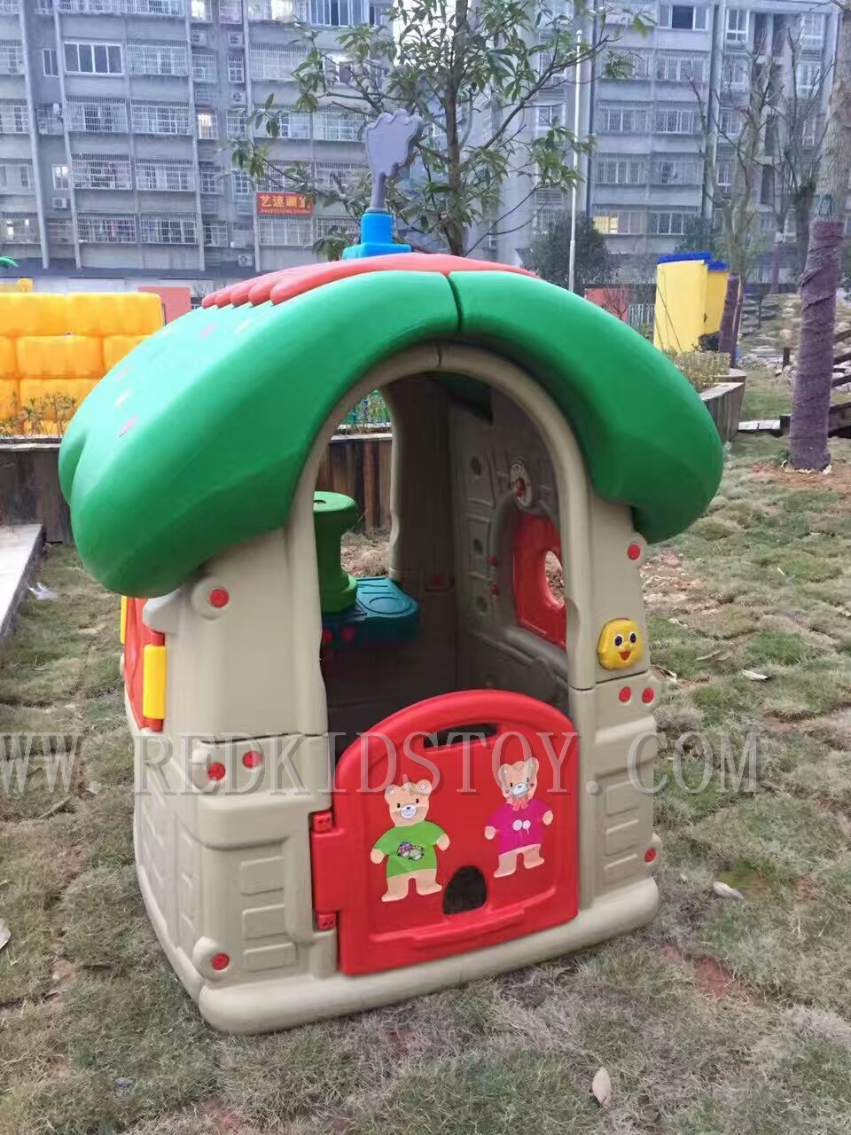 Exported to Myanmar Eco-friendly Kindergarten Plastic Play House Plastic Playground CE Certified HZ-70214G