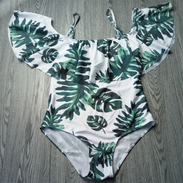 2018 Sexy Off Shoulder One Piece Swimsuit Women Swimwear Push Up Monokini Ruffle Bodysuit Printed Leaf Swimsuit Bathing Suit