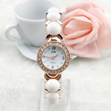 Fastion Women Quartz Watch Diamond ladies Wristwatches classic Roman scale Retro fashion bracelet watch 5188