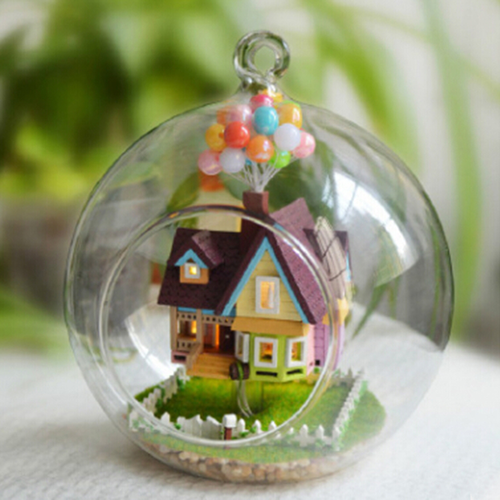 1Pc Wooden Handmade Model Gift Toy Novelty DIY House Glass Ball Flying Cabin Toy,Pixar Film Up Model With Miniature Furnitures