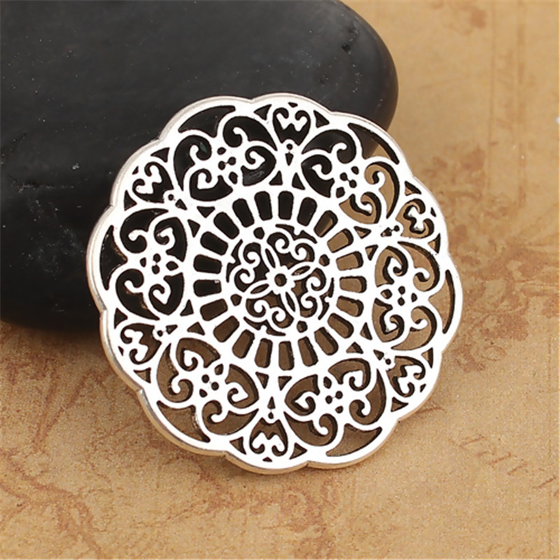 DoreenBeads Hot Zinc Based Alloy Connectors Round Silver Color Filigree Charms DIY Findings 31mm(1 2/8