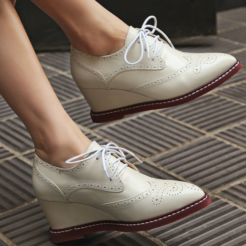 ФОТО AIWEIYi Lace up Platform Pumps Shoes Oxfords Shoes Woman Pointed toe Wedges Shoes Genuine Leather Women High Heels Casual Shoes