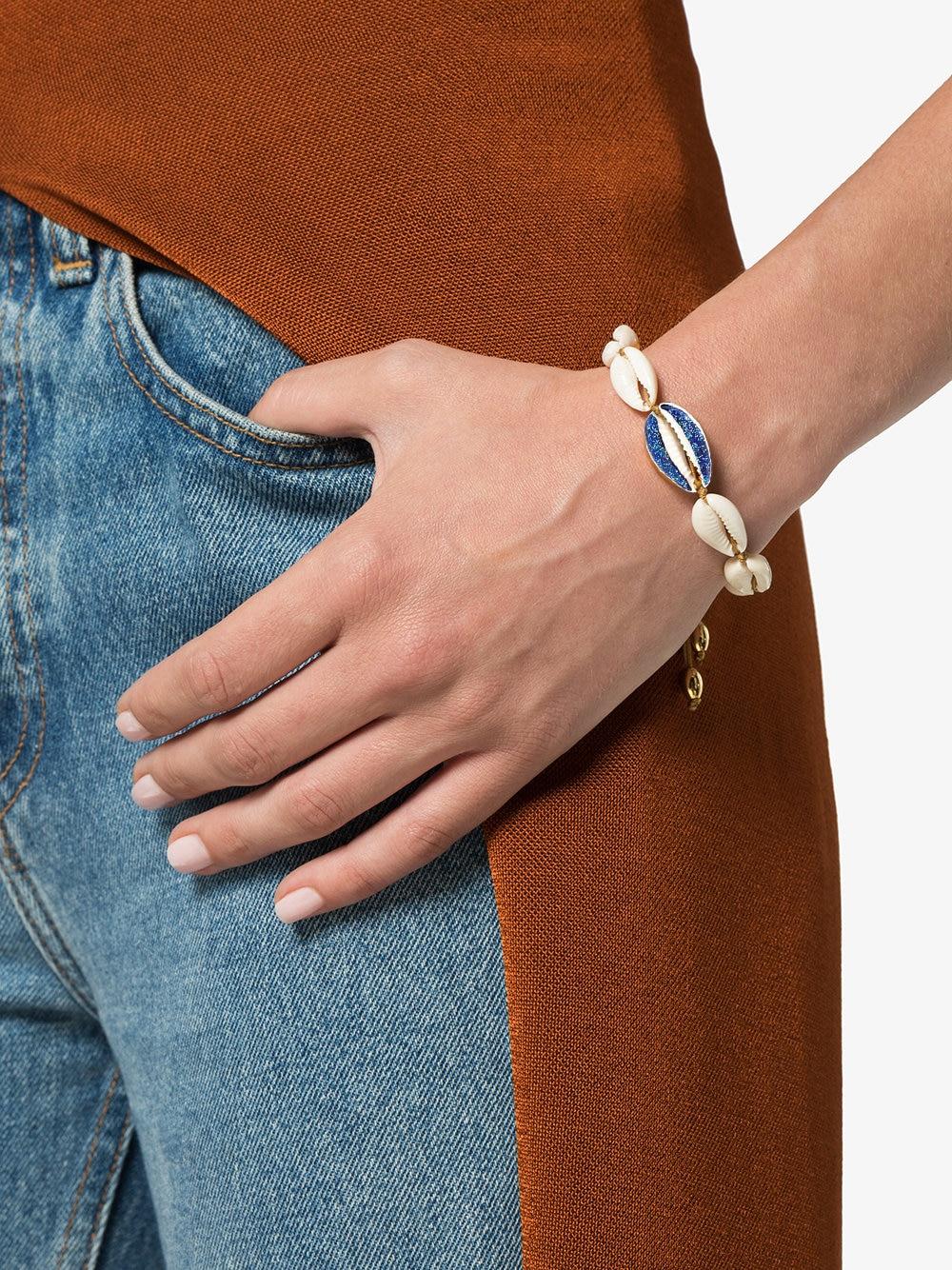 tohum-large-puka-natural-shell-bracelet_12991357_13657780_1000