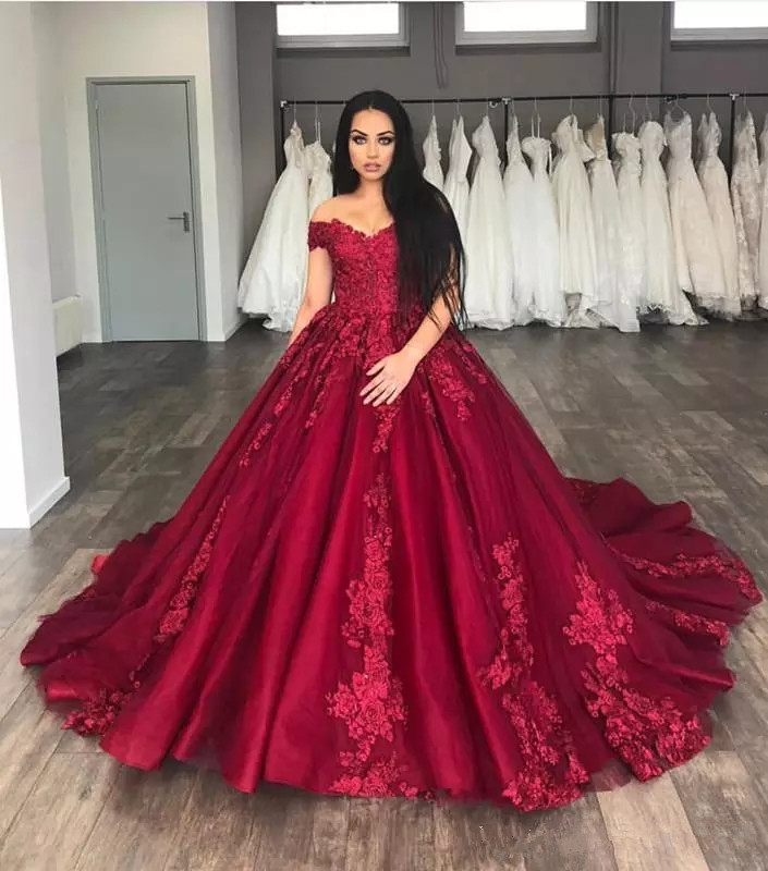 Wedding Gowns With Red: Dark Red 2019 Wedding Dresses Vintage Lace Bridal Gowns