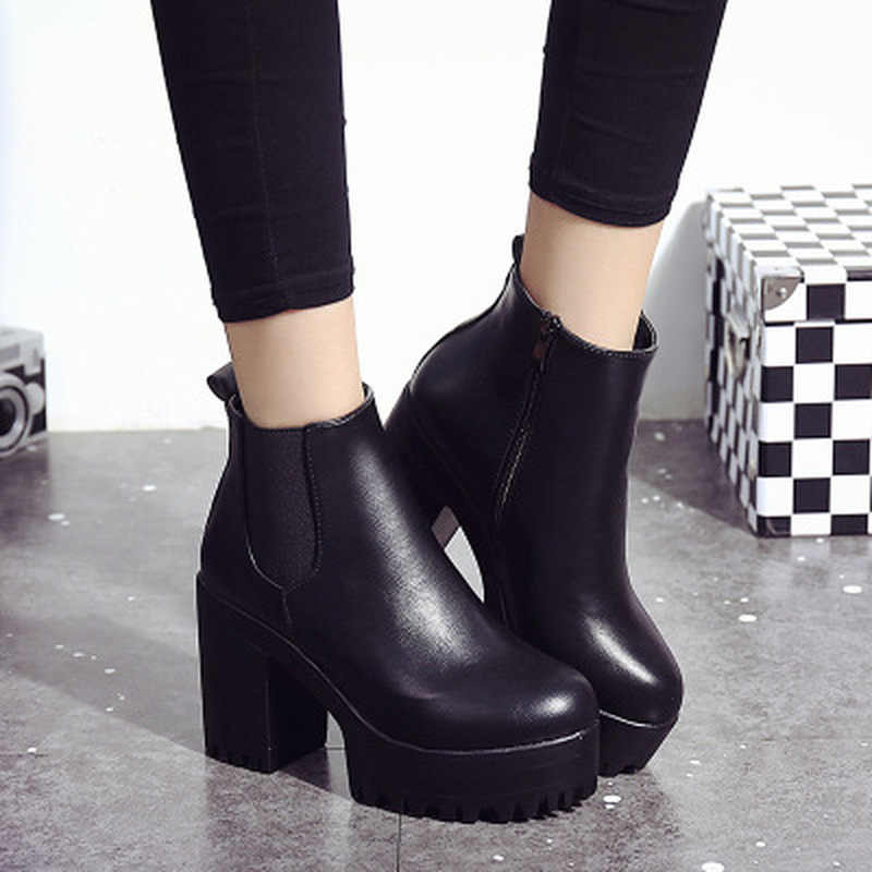 Chelsea Boots 2019 Female Leather Women Boots Thick Heels Ankle Boots For Women Round Toe Winter Shoes Women Flat Platform Boots