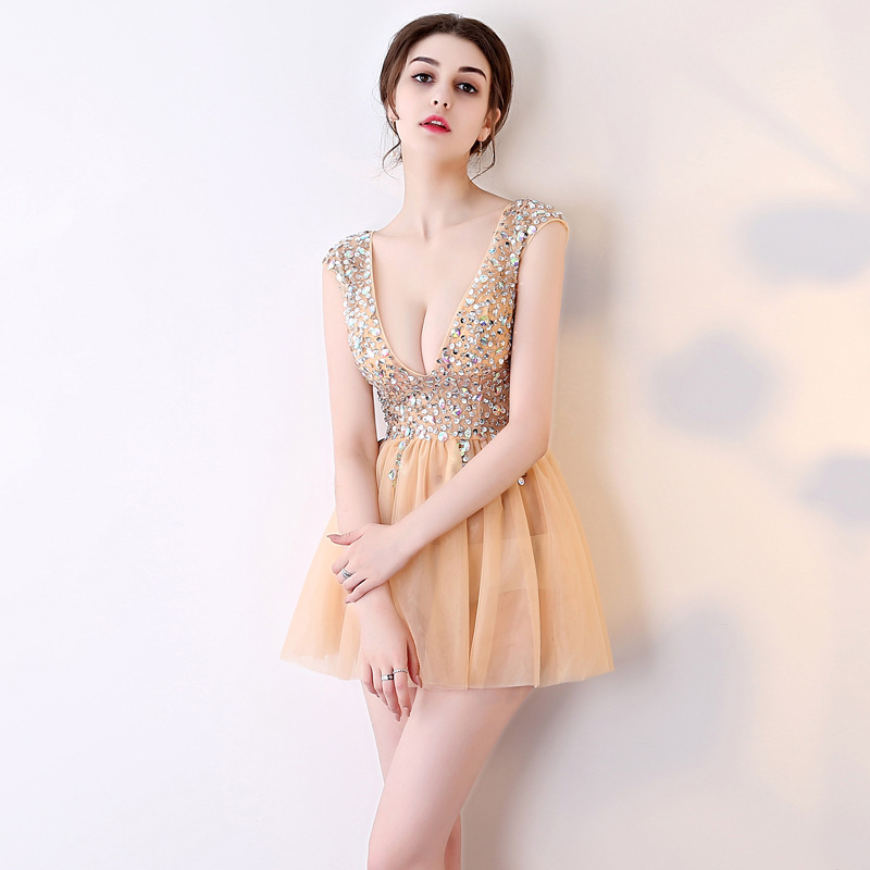 It's YiiYa 2018 V- Neck Short Sleeves   Cocktail     Dresses   Knee-Length manual Diamonds Backless Formal   Dress   Party Gowns BX004