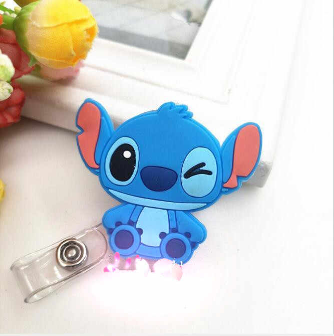Hot Verkoop 1 Stuk Siliconen Intrekbare Verpleegkundige Badge Reel Clip Leuke Cartoon Kat Stitch Minion Studenten IC Id-kaart Badge houder