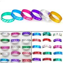 Wholesale 100pcs lots Mix Colored Aluminum Band Rings Fashion Charm Jewelry Men Women Gift Cheap Size 17-19mm Drop Free Ship