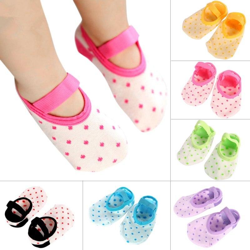 Милый младенческой точки Тапочки Носки для девочек Обувь для девочек СИБ Детские Обувь для младенцев пинетки носки до лодыжки QL