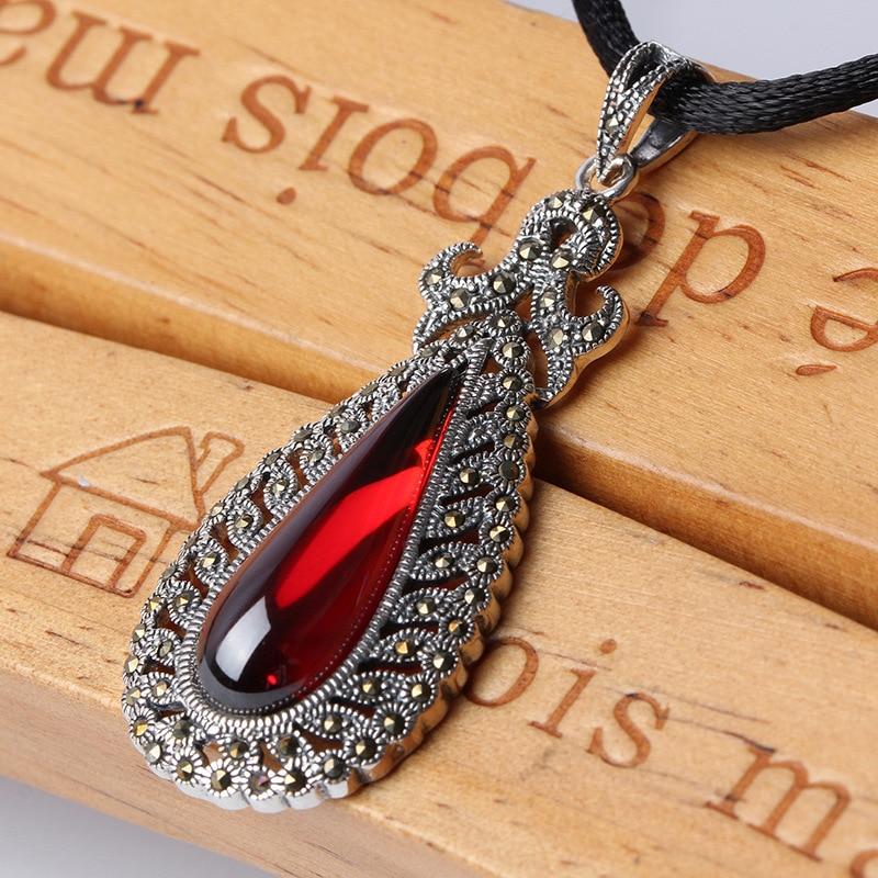 Rouge Ruby Pendentif 925 Sterling Argent Ethnique Vintage Long Collier de Femmes Fine Jewelry 23mm * 56mm Pendentifs colliers Broderie