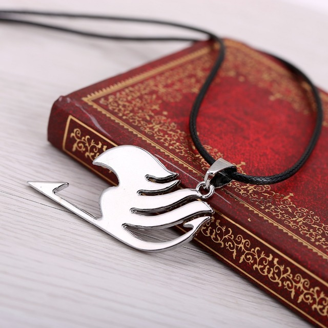 Fairy Tail Logo Metal Necklace Cosplay Jewelry Anime Figure Pendant