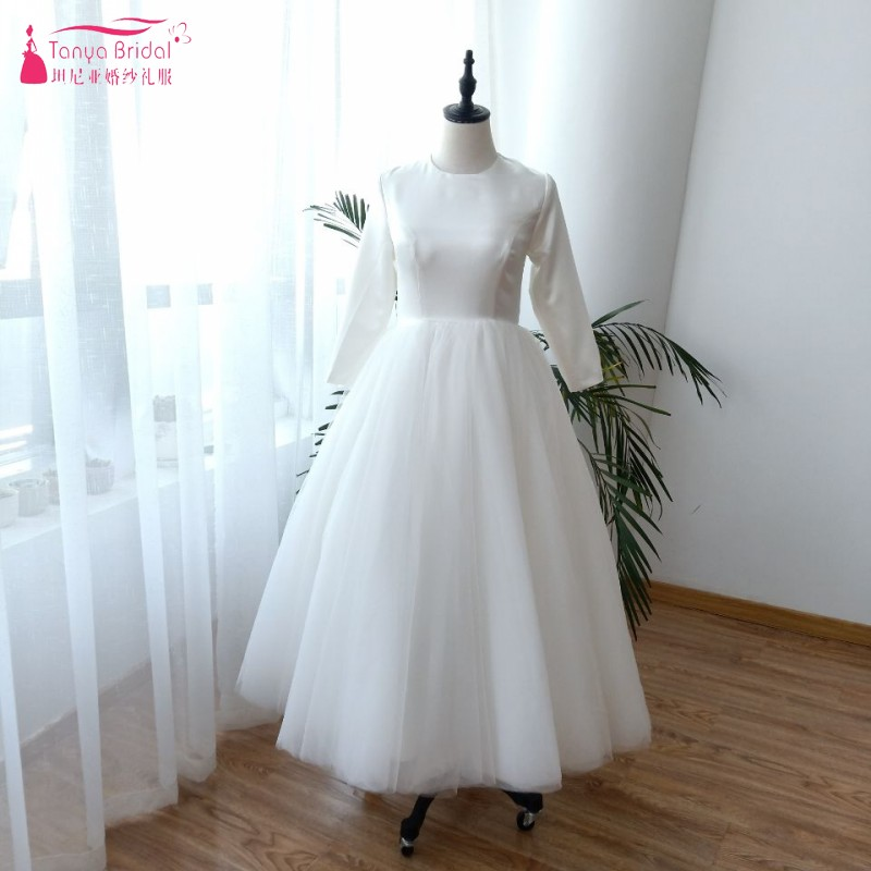 Ball Gown Princess Wedding Gown Ivory Vintage Three Quarter Sleeves Wedding Bridal Dresses Tea Length TT040