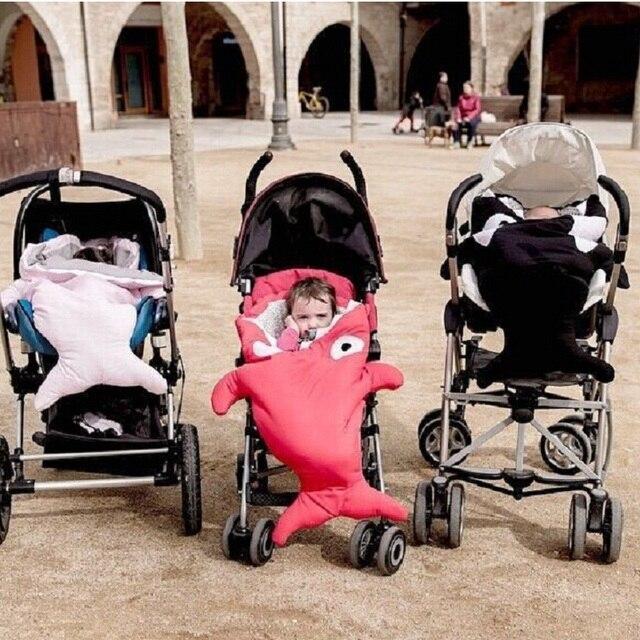 Мультфильм акула спальный мешок новорожденных спальный мешок зима коляски кровать пеленать одеяло обертывание симпатичные постельных принадлежностей детские Sleepsacks