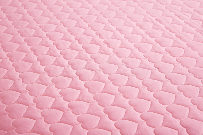 Image 5 - Pink Lace Princess Wedding Luxury Bedding Set King Queen Size Silk Cotton Stain Bed set  Duvet Cover Bedspread Pillowcase-in Bedding Sets from Home & Garden