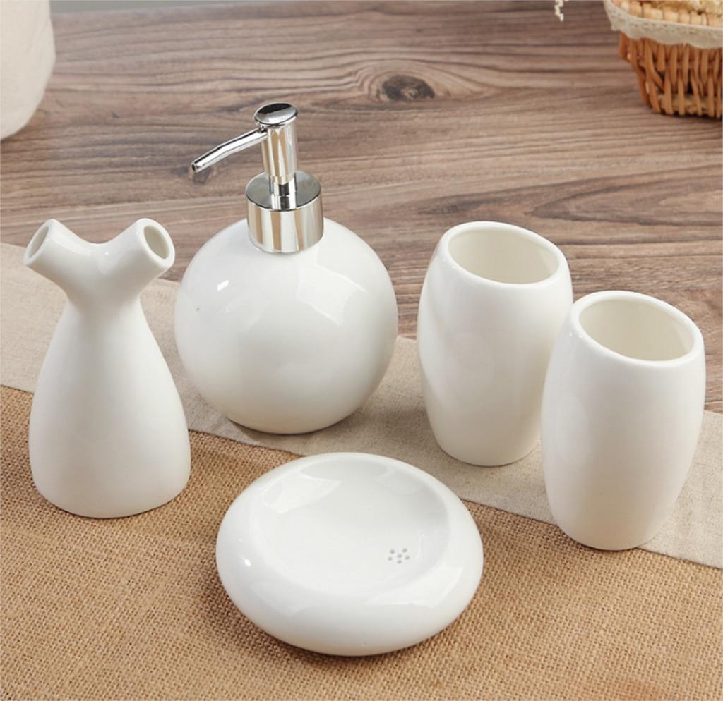 European Style 5Pcs Ceramic Bathroom Toiletries Soap Dispenser Toothbrush Holder Soap Fish Cup Set Bathrooms Accessories LFB283