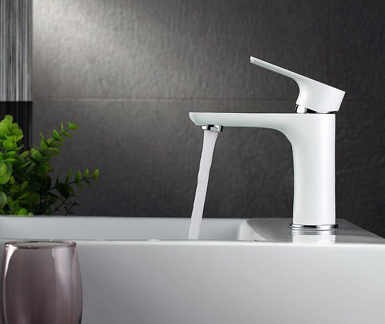 Weiss Oder Schwarz Kurze Waschbecken Wasserhahn Mischer Wasser