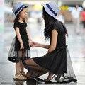 2016 verano de la familia de trajes a juego negro de gasa delgada madre e hija vestido niñas se visten las niñas clothing vestido de la madre y el niño