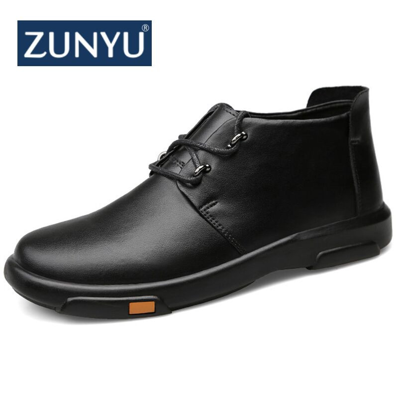 ZYNYU 2018 New Men Winter Boots Business Genuine Leather Ankle High top Cotton Snow Boots With Full Fur lining for father