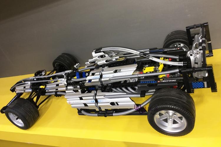 Yile 303 Technic Series Den Ultimate Sliver Champion F1 Racing 8458 - Byggklossar och byggleksaker - Foto 2