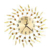 Retro Diamond Wrought Iron Wall Clock Flower Creative Mute Living Room Decoration Clock without Battery (Golden)