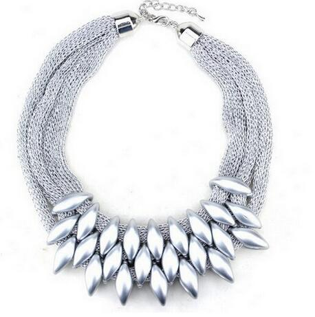 ZOSHI New 2017 Hot Pendant Necklace Women Trendy Jewelry Cloth Woven Chain Statement Necklaces Plastic Pendants For Gift