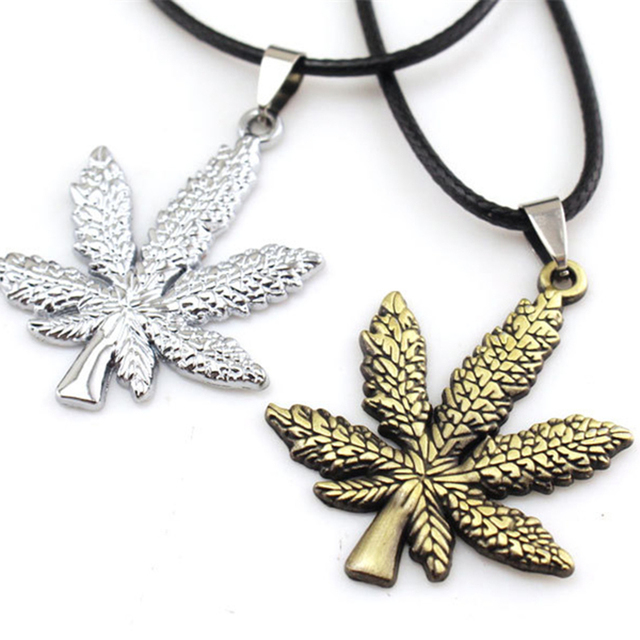 ZN New Gold Silver Plated Cannabiss Small Weed Herb Charm Necklace Maple Leaf Pendant Necklace Hip Hop Jewelry Wholesale 5