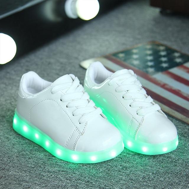 2017 Новый USB Зарядки Дети Светящиеся Кроссовки Мальчик и девочка LED Shoes с Светящиеся Подошвы Освещения Shoes LED Тапочки