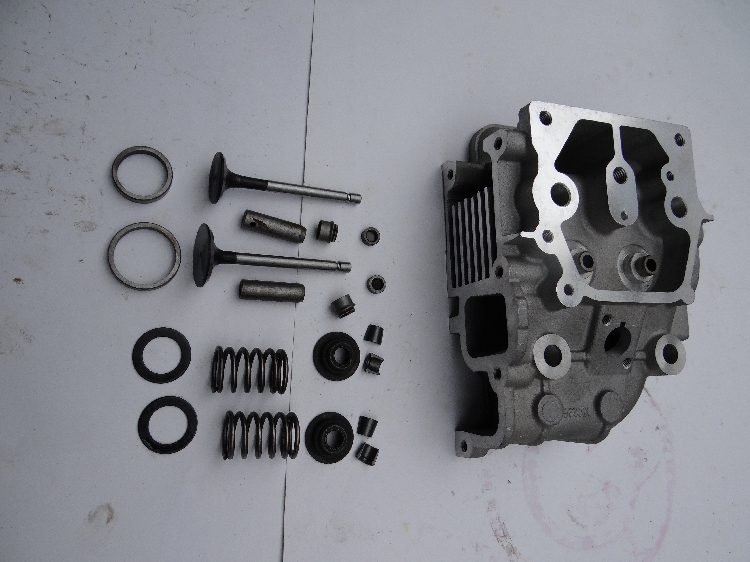 Fast shipping 186F  Cylinder head assembly intake valve air cooled diesel engine suit for kipor kama Chinese brand engine parts cylinder head assembly