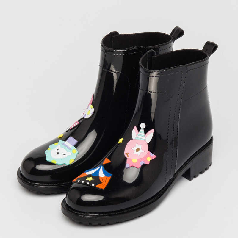 Rouroliu женские ботильоны резиновые сапоги без каблука Нескользящие милый мультфильм резиновые сапоги Водонепроницаемые туфли женские высокие сапоги TS103