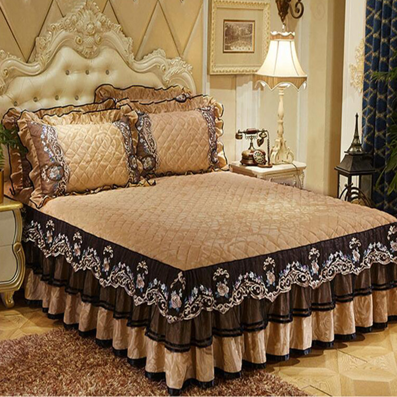 Free Shipping Crystal Velvet Lace Skirted Bed Cover 3pcs Quality Thick Cotton Bedspread European Style Slip-proof Bedclothes