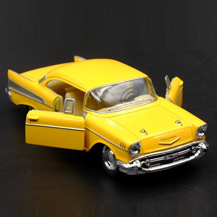 High Simulation Exquisite Diecasts&Toy Vehicles KiNSMART Car Styling Chevrolet 1957 Bel Air Classic Car 1:40 Alloy Diecast Model