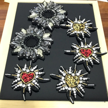 2pcs/lot Handmade rhinestone beaded Patches for clothes DIY applique flowers Embroidery flower parches clothing