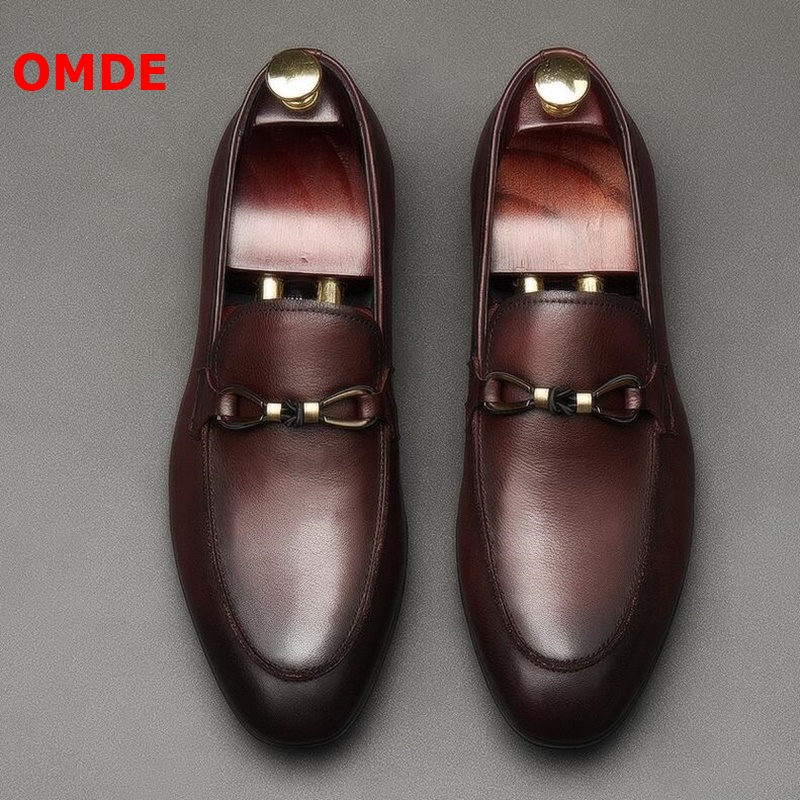 OMDE British Style Round Toe Soft Genuine Leather Men Loafers Slip On Casual Mens Shoes Luxury Brand Mens Driving ShoesOMDE British Style Round Toe Soft Genuine Leather Men Loafers Slip On Casual Mens Shoes Luxury Brand Mens Driving Shoes