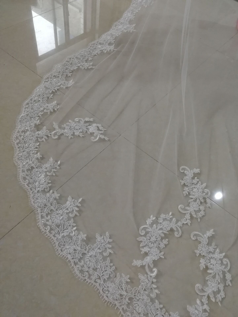 Hot Sale 2019 Elegant Wedding Veils Lace Edge One Layer Cathedral Veil White Ivory Cheap Long Bridal Veils 3M Voile Marriage