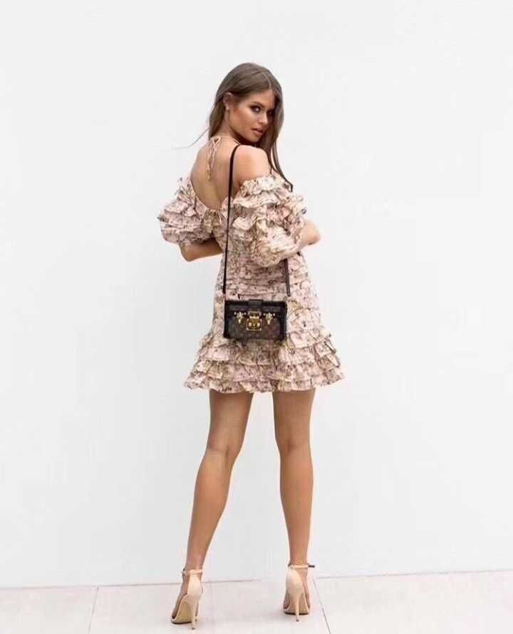 Sexy Épaule Qualité Bandage Top Vertidos Bretelles 2018 Dropshipping Manches Courtes Robe Moulante Off Or Verano Mini 5PTYYqngwU