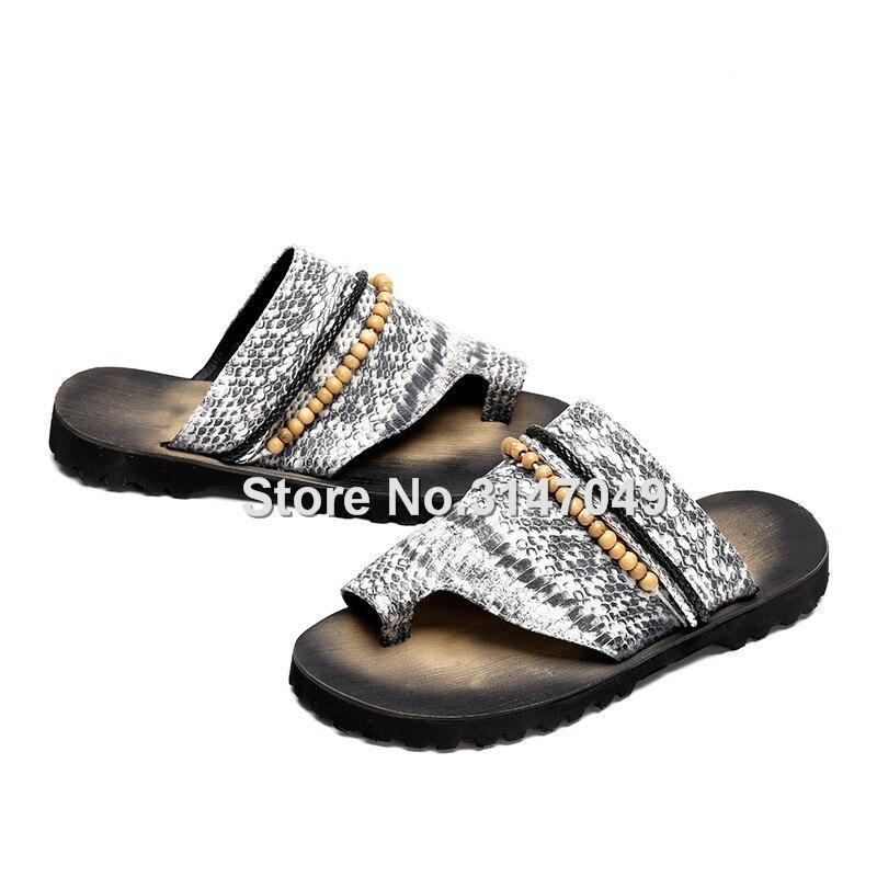 Okhotcn 2018 جديد الأفعى الرجال الرجال الصيف الأحذية صندل النعال الرجعية الكلاسيكية سلسلة حبة الشاطئ أحذية المطاط عدم الانزلاق الوجه يتخبط-في صنادل بإصبع من أحذية على  مجموعة 2