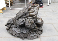 Chinese Royal Bronze Blessing Money Spittor Frog Lucky Fengshui huge statue