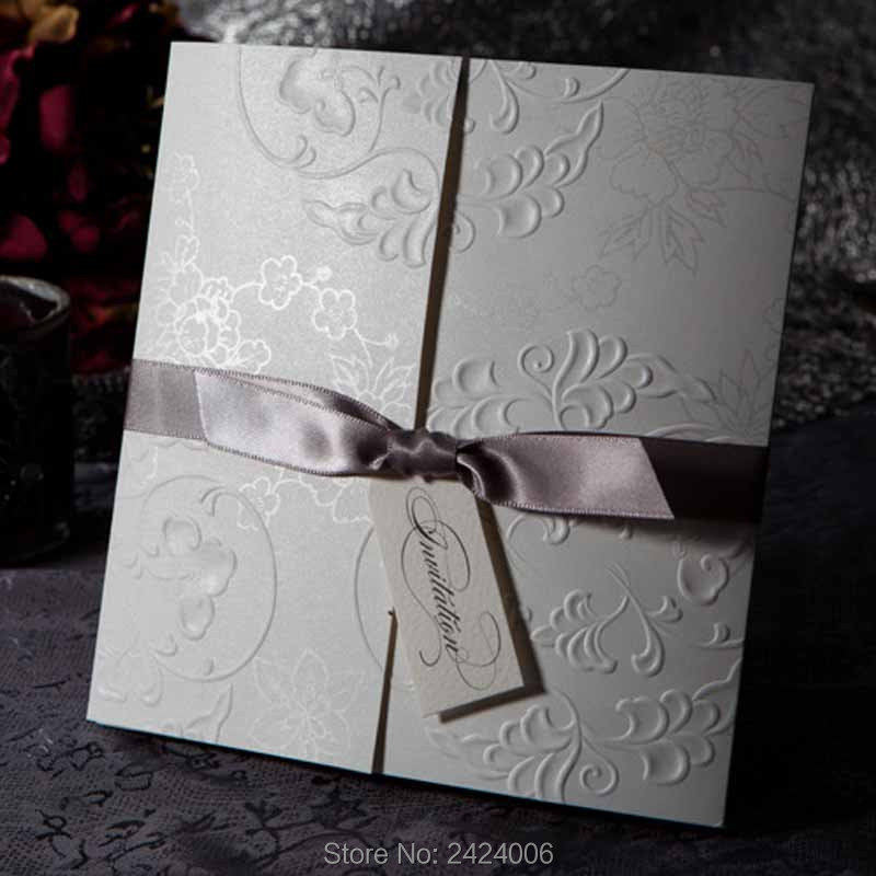 50 Sets/Lot Hight Quality Embossed Wedding Invitations Cheap Hindu Folded  Style Weddign Cards From