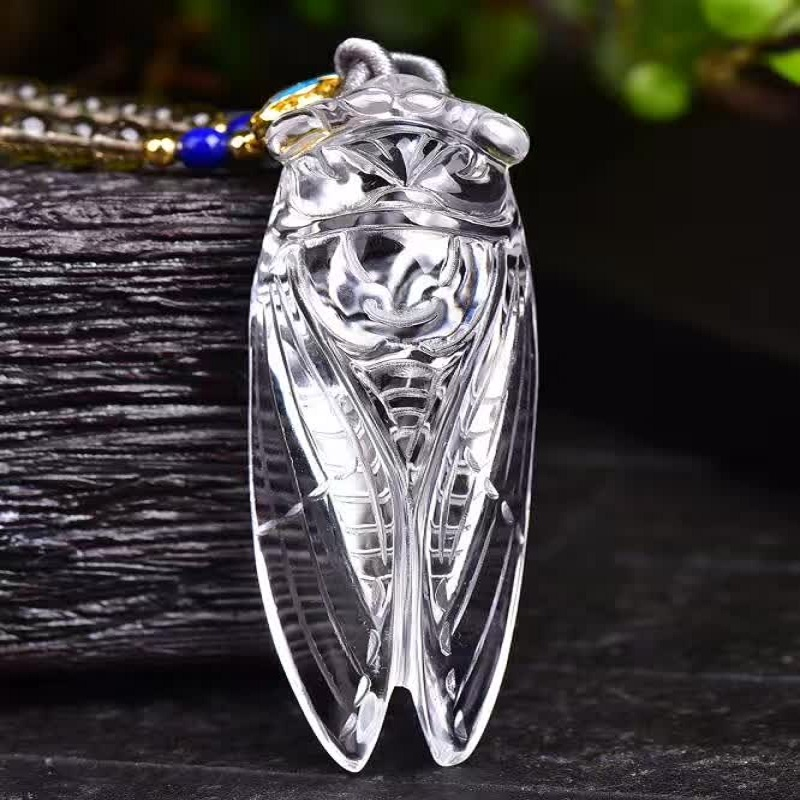 Natural Clear White Crystal Cicada Stone Pendants Necklace Lucky Fine Carving Pendants for Women Men Chain Pendant Jewelry cicada