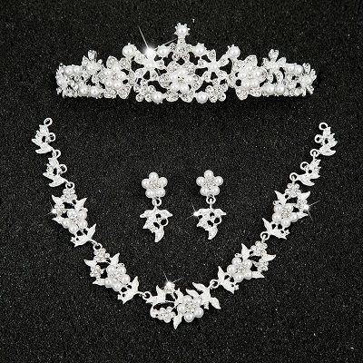 Hot Sale Sliver Plated Rhinestone Crystal Necklace+Earrings+Tiara 3pcs Jewelry Set For Bride Bridal Wedding Accessories (12)