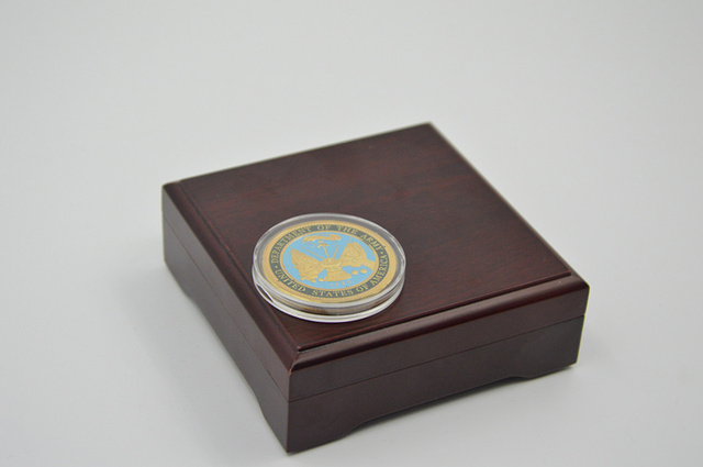 US $11 21 41% OFF|Red&Polishing Challenge Coin Gift Box Wooden Coin Display  Cases Fit To Coin Size 40*3mm As Promotion Gifts Without Coins-in