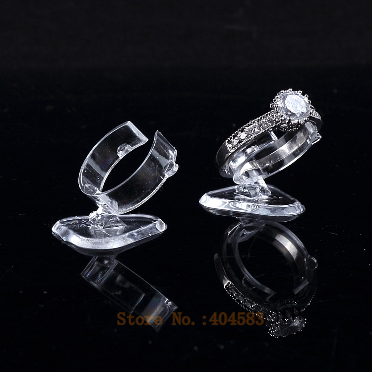 50 Pcs Clear View Elastic-C CirclePlastic Ring Display Stand  Holder Rack Tabletop Decoration Stand
